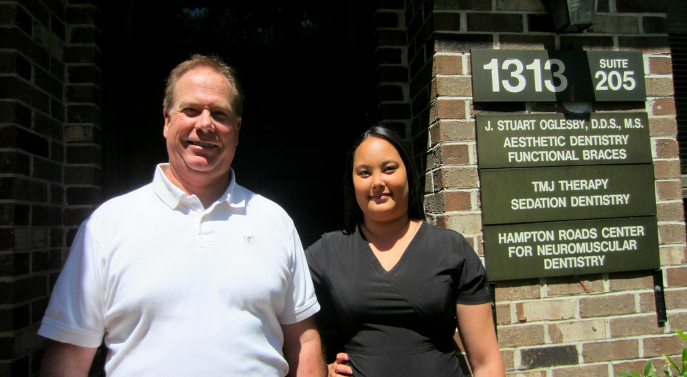 Lauren pictured with Dr. Oglesby outside of their office located on Jamestown Rd. in Williamsburg